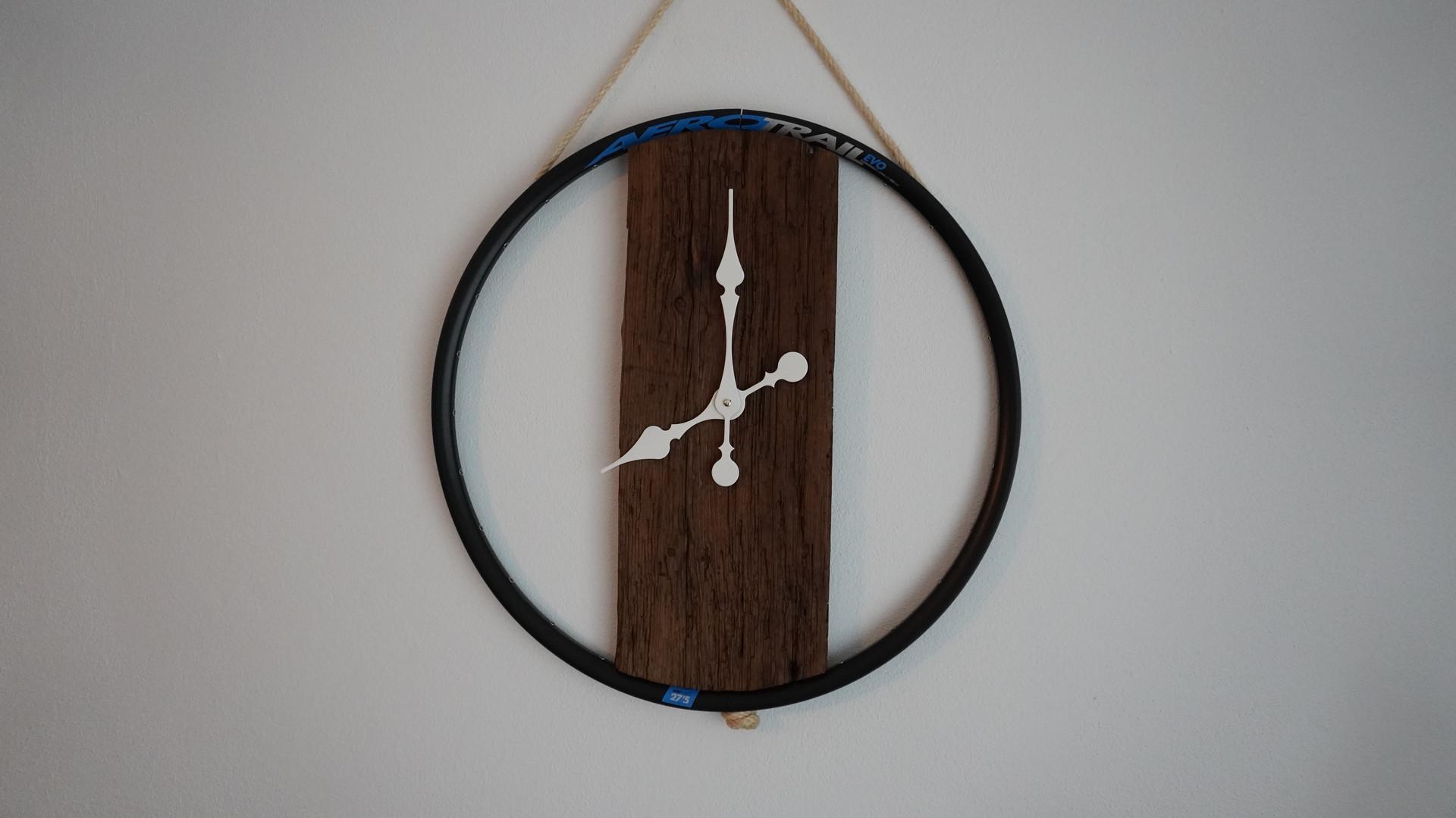 Relógio de Parede Bike de 58 cm