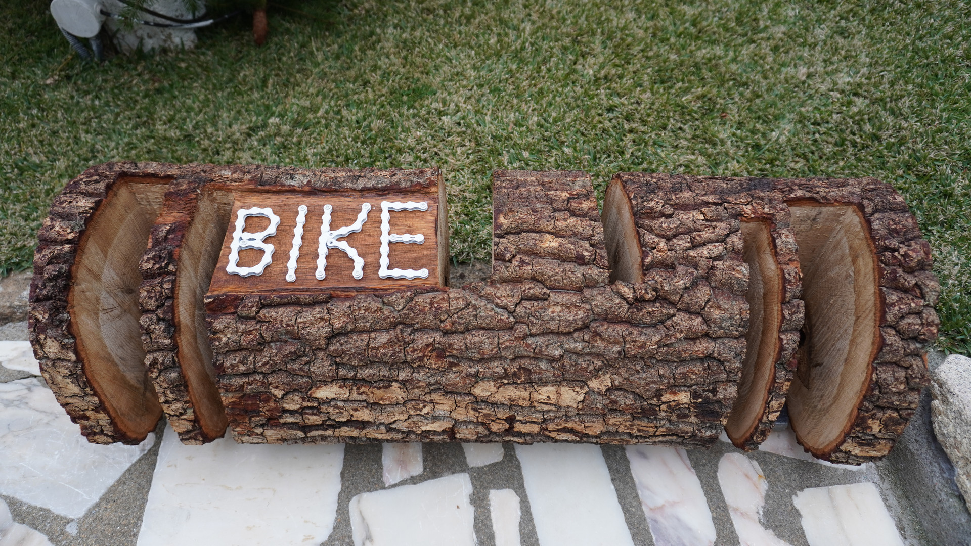 Suporte em madeira de carvalho para parquear bicicletas de BTT (3) e bicicletas de estrada (3)