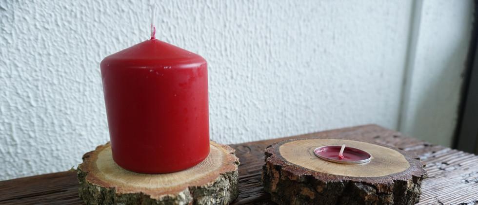 Suporte para 2 tipos de velas em carvalho