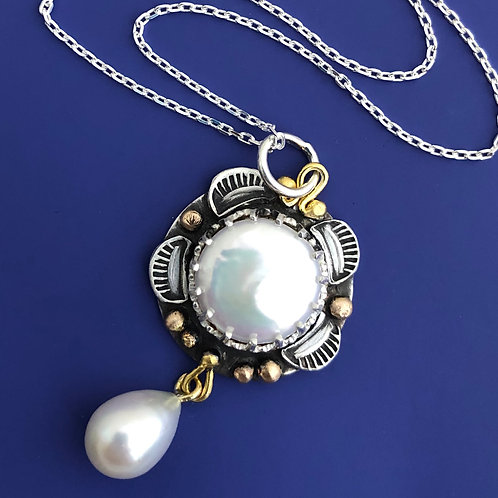 Marrakesh Gold & Pearl Necklace