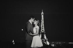 Fotosesija prie Eifelio bokšto