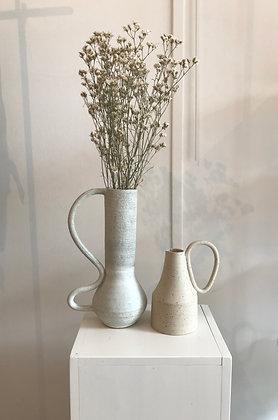 Marta Dervin, vase en grès blanc