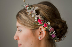 Délicate couronne de fleurs