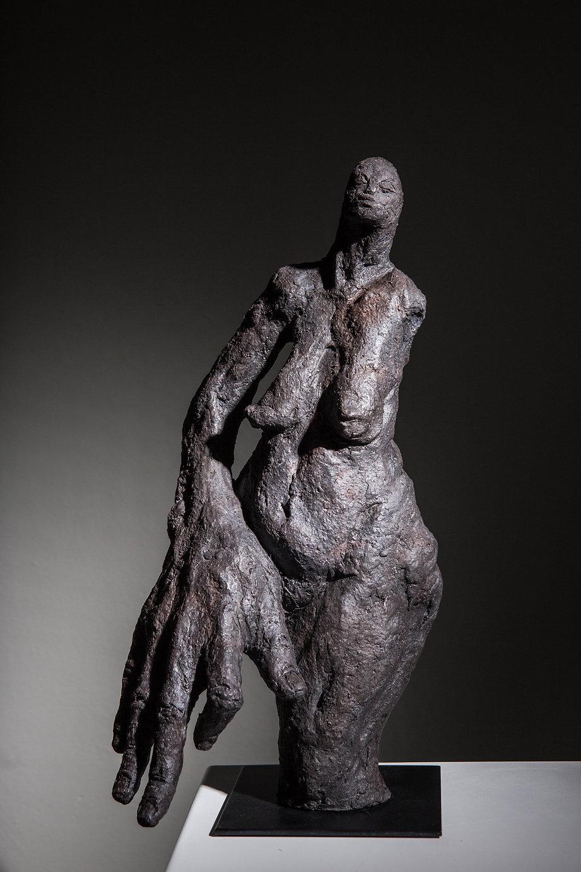 CarolineChopin - Motus - 36x17x16 cm - Grès Cérame Patiné  - 1600 € - Photographie Bénédic