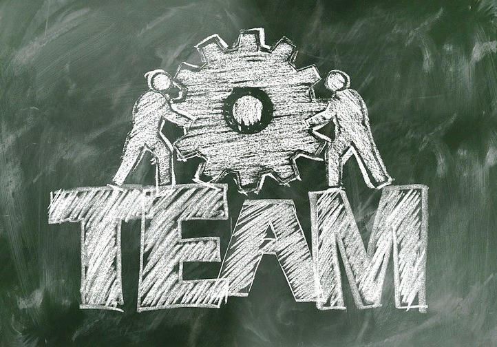 """Создание команды и мотивация сотрудников – главные темы занятий второй группы пятого цикла курса """"На пути к успеху в науке"""""""