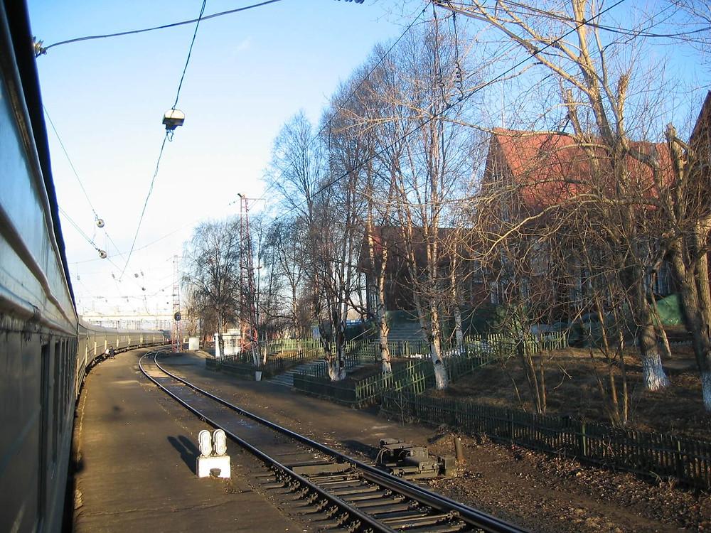 Поезд идет через Кировск