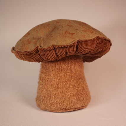 Gorgeous green mushroom 2