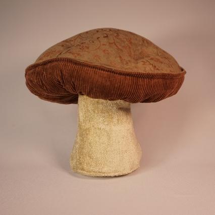 Gorgeous green mushroom 4
