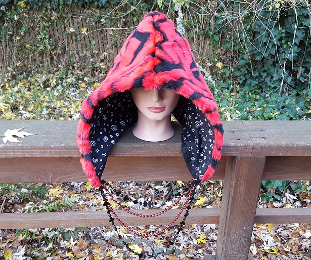 Short red tiger hood 1