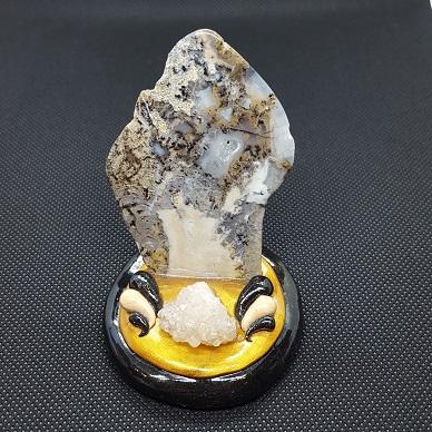 moss agate slab and druzy quartz