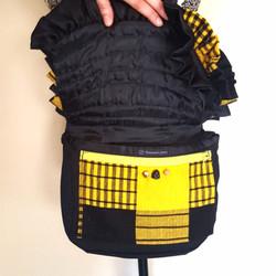 Bustle bag bee open