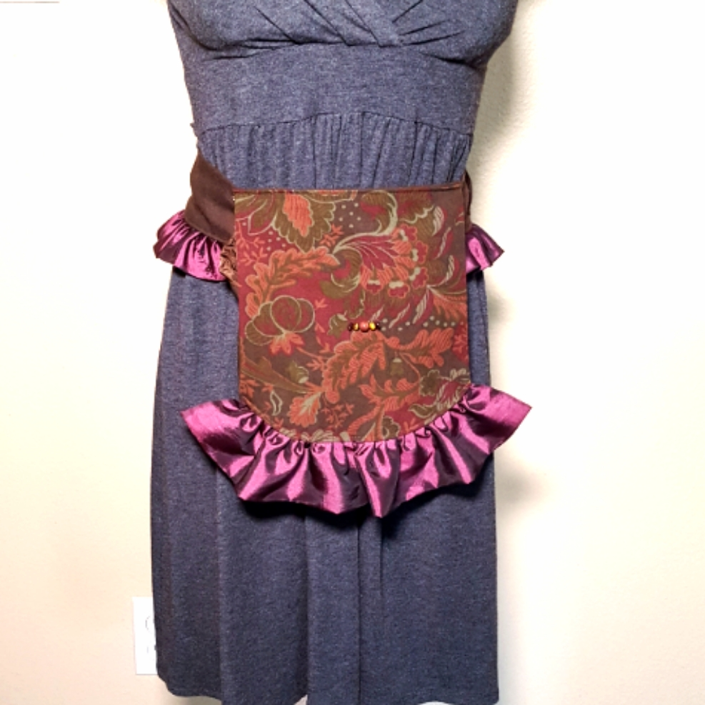 Ruffled hip bag maroon and purple