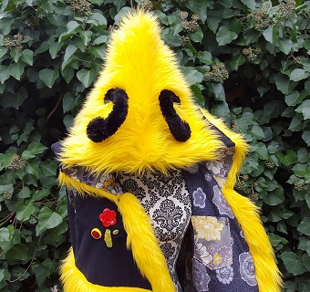 Bee hooded vest 3