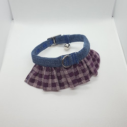 Dog Collar ruffle purple and white