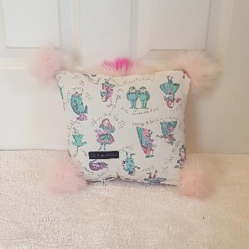 alice mini Muffy vagina pillow 2