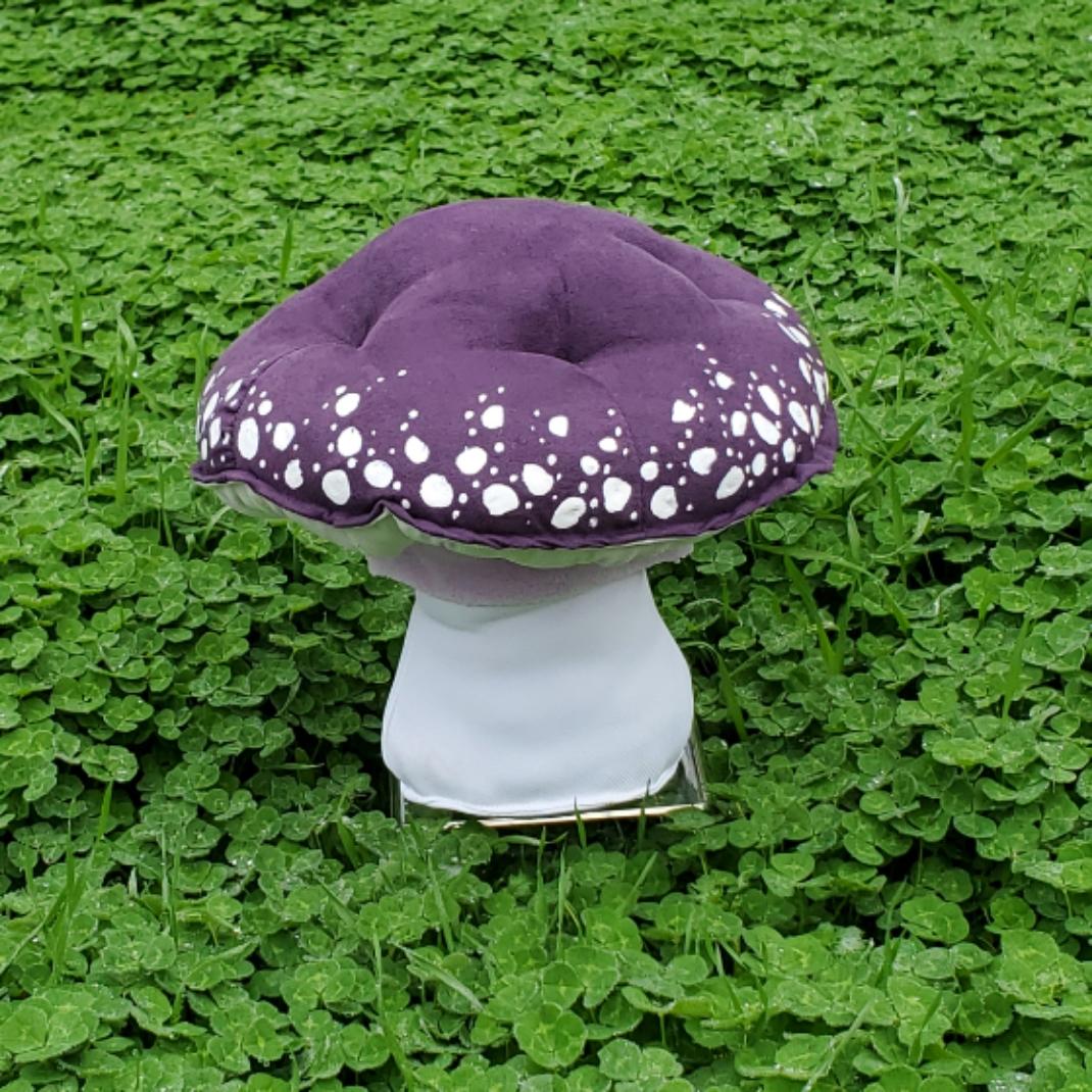Cloverfield mushroom purple amanita