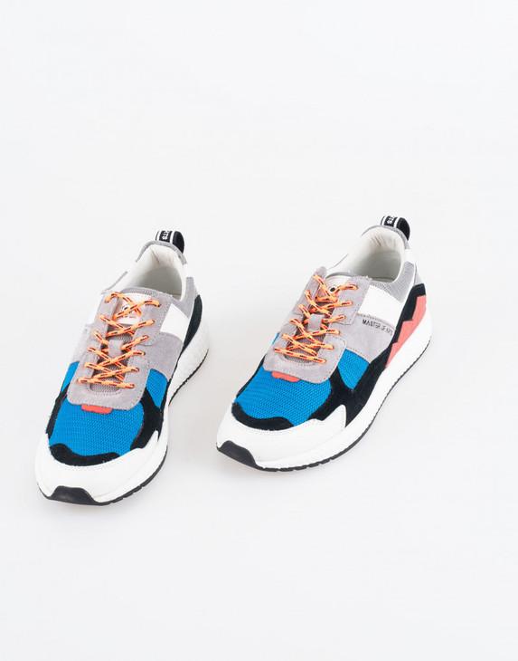 m830-futura-sneakers-grey-black-and-oran