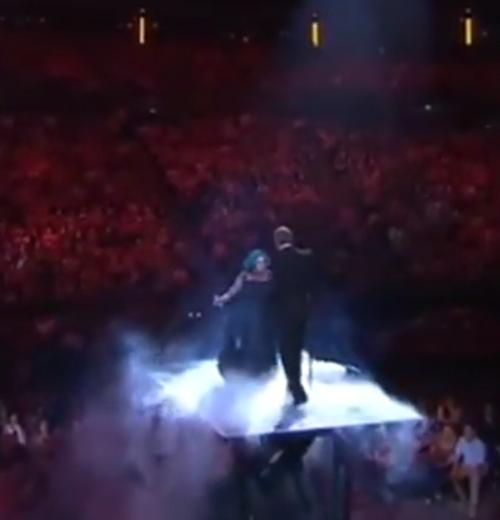 showtech-stage-lift-duet.jpg