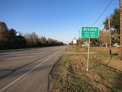 Arcola_TX_Road_Sign.JPG