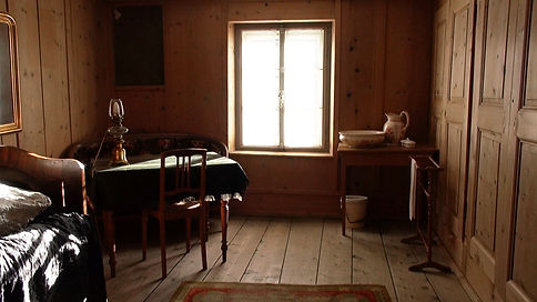 FN Zimmer 5.mov.Still001.jpg