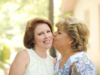 Michelle + Herta's Mother Daughter Beauty Session