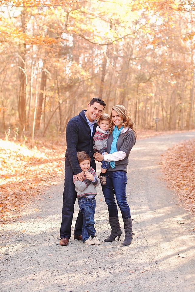 Juan Pablo Soto Family-lo res for social media-0015.jpg