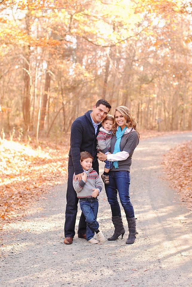 Juan Pablo Soto Family-lo res for social media-0013.jpg