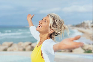 Happy Woman Who Fixed Her Confidence Issues for Hypno Reset by Ilona Hawser Home Page