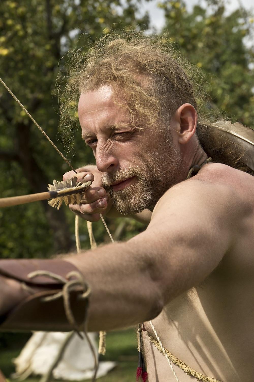 Paleolitický lovec. Foto J. Lohnická
