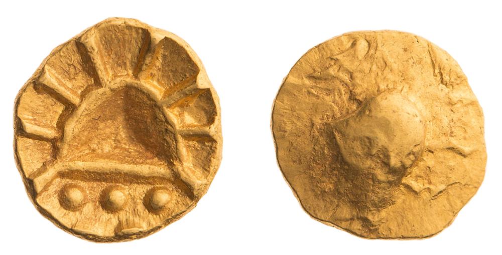 Zlatá osmina statéru. Foto T. Smělý