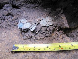 FOTOREPORT: Nález mincovních střížků z Kostelních Střimelic