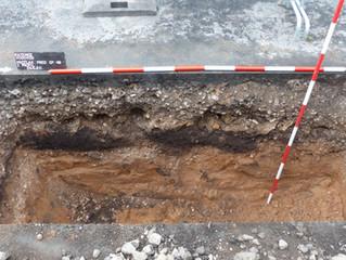 Pod pokličkou archeologie (12): Archeologické dohledy aneb příběh únětické amfory