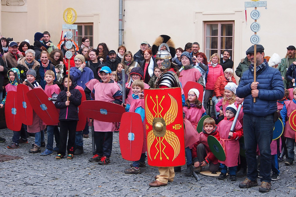 Malí Římané se chystají k přátelskému utkání s velkými Kelty. Foto p. Lukeš