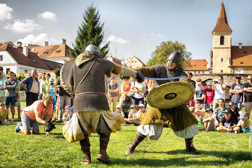 Varjagové předvedli svůj bojový um. Foto J. Lohnická