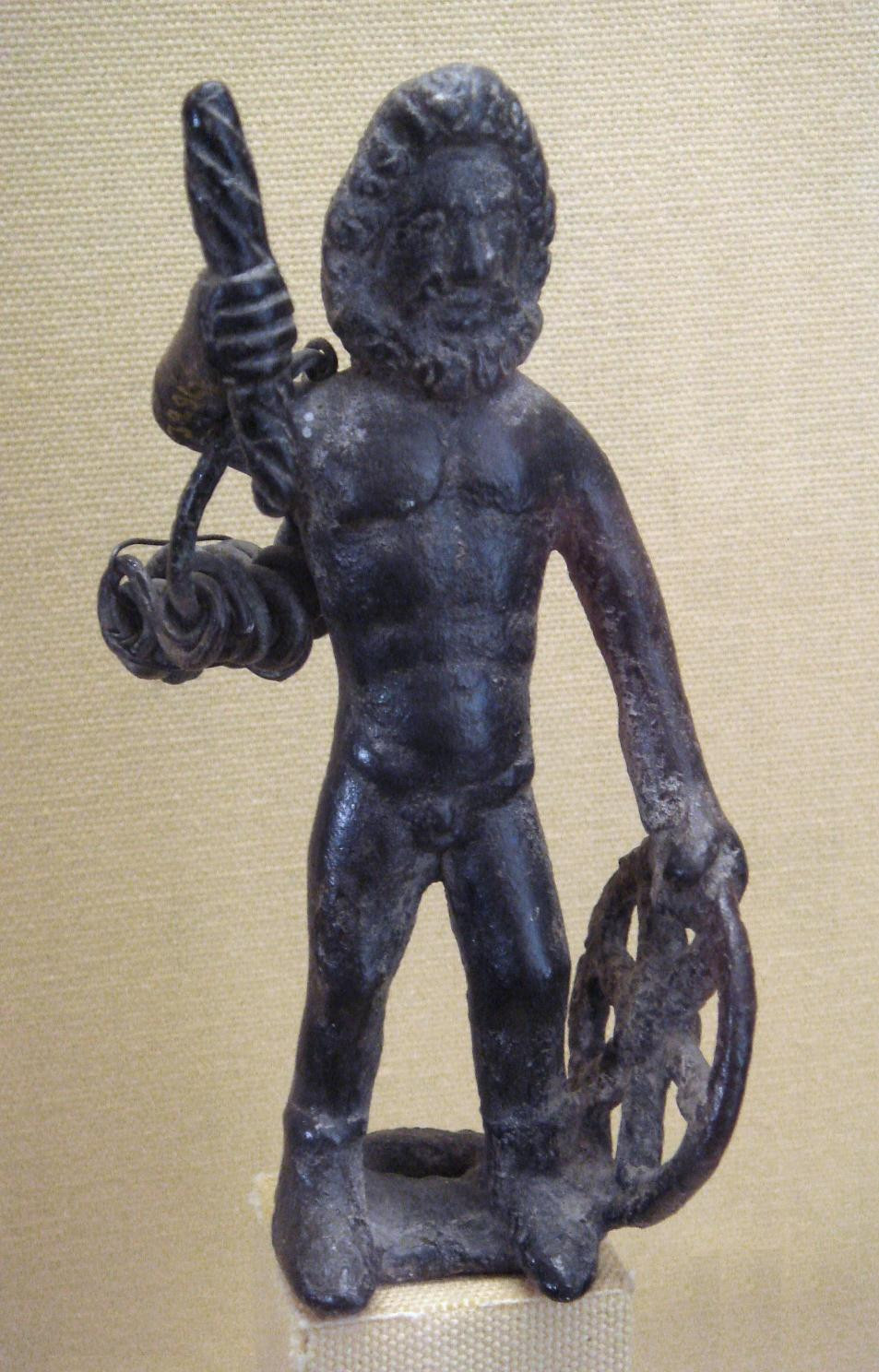 Bronzová socha Taranise z Le Châtelet de Gourzon, Haute-Marne. Zdroj viz Historyweb.sk