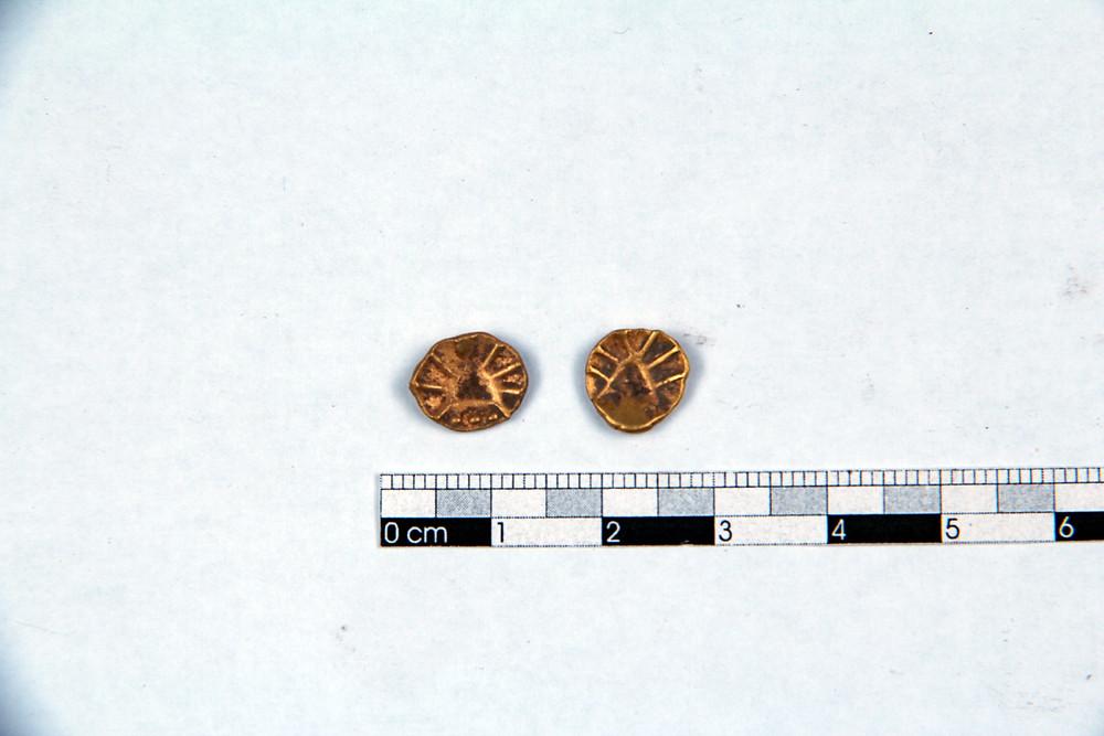 Nacházely se tu i zlaté mince. Foto T. Chlup