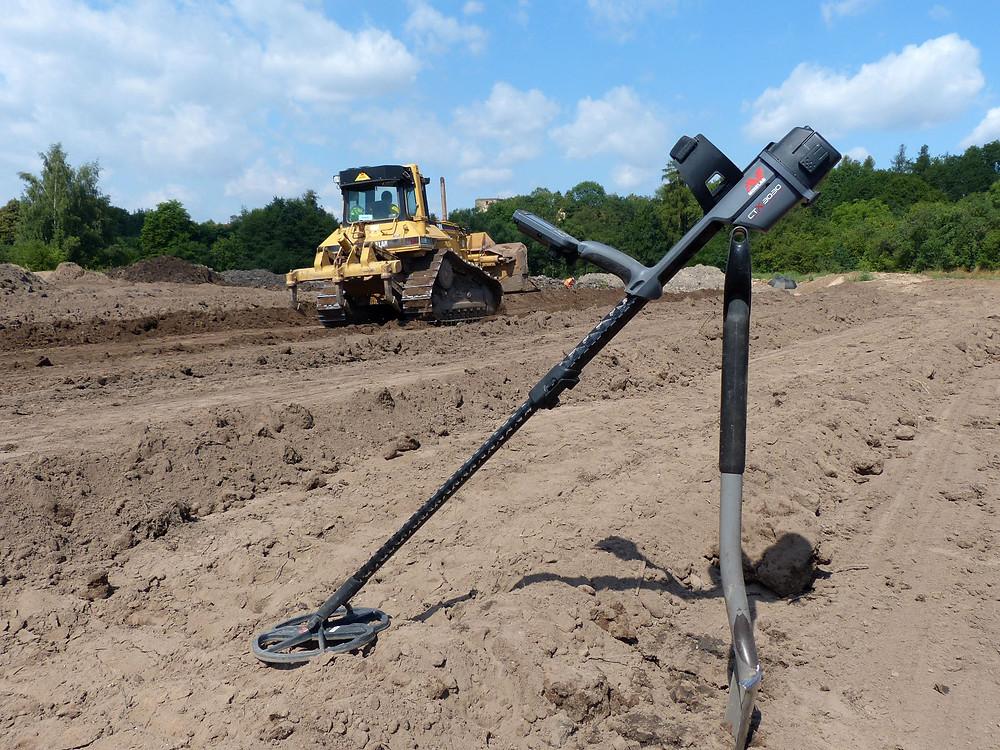V tomto případě nejsou detektory nepřítelem archeologů, ale naopak. Foto V. Mikešová