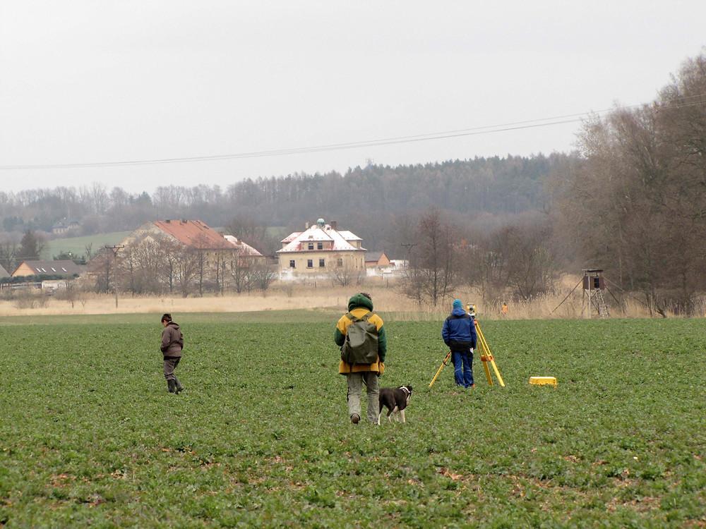 Momentka ze sběrů u Mladé Boleslavi. Fot archiv ÚAPPSČ