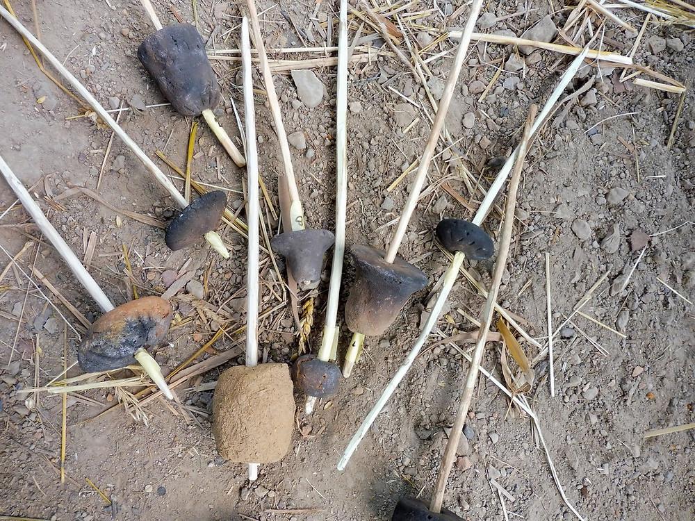 Repliky eneolitických přeslenů pro experiment. Foto V. Mikešová