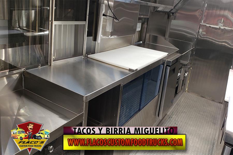 TACOS Y BIRRIA MIGUELITO 7.jpg