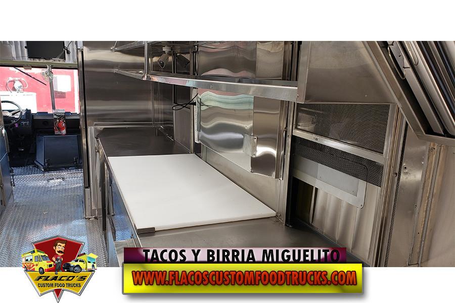 TACOS Y BIRRIA MIGUELITO 10.jpg