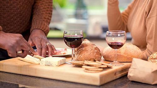 vinho e queijo.jpg