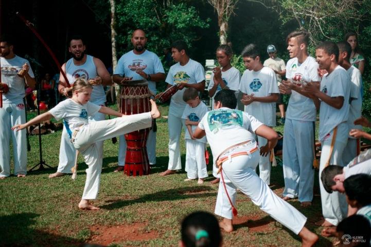 Oficina_de_Capoeira.jpg