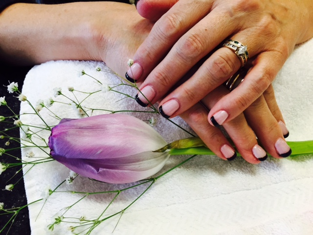 Nail_Art_Full_Set_Tulip.jpg
