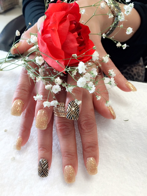 Nail_Art_Full_Set_Rose_5.JPG