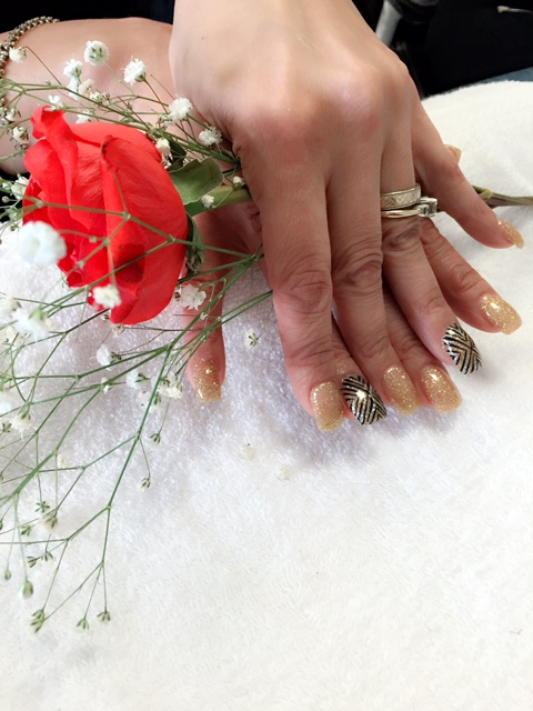 Nail_Art_Full_Set_Rose_4.JPG
