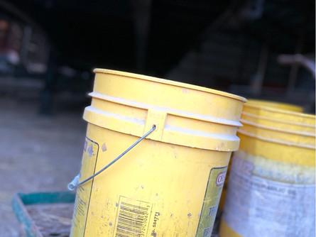 The 5 Gal Bucket Struggle...