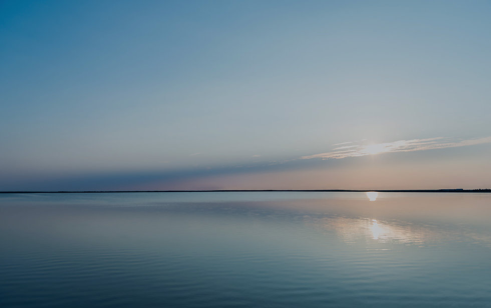 bg-lake.jpg