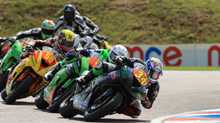 Drayton Claims Front Row at Thruxton