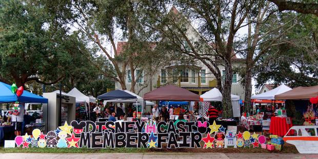DisneyCastMarketplace (2)_DxO.jpg